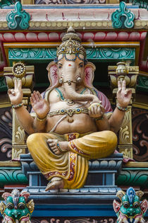 Singapore, Chinatown, Sri Mariamman Hindu Temple, detail of ... von Danita Delimont