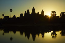 Sunrise over Angkor Wat, Angkor World Heritage Site, Siem Re... von Danita Delimont