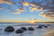 Moeraki Boulders Sunrise von Danita Delimont