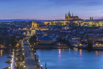 Charles Bridge Twilight von Danita Delimont