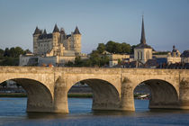 Evening over Chateau Saumur along River Loire, Maine-et-Loir... von Danita Delimont