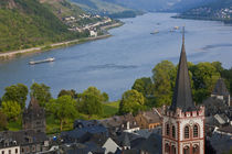 View over Bacharach, Rhine Valley, Germany von Danita Delimont
