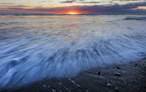 Sunrise over the North Atlantic Ocean at Jokulsarlon, Iceland by Danita Delimont