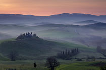Belvedere and countryside at dawn, San Quirico d'Orcia, Tuscany, Italy by Danita Delimont