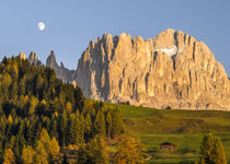 Dolomites, Rosengarten or Catinaccio Mountain Range in South... by Danita Delimont
