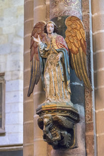 Portugal, Evora, Cathedral of Evora, angel statue von Danita Delimont
