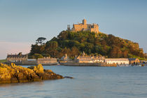 Setting sunlight on Saint Michael's Mount, Marazion, Cornwall, England by Danita Delimont