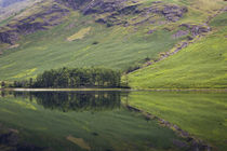 Pre-dawn reflections on Buttermere Lake, Cumbria, Lake Distr... von Danita Delimont