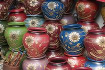Decorated pots, Huaraz, Cordillera Blanca, Ancash, Peru. von Danita Delimont