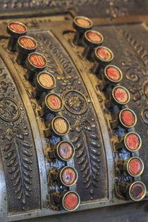 Antique keys on cash register, Harrison Brothers Hardware St... von Danita Delimont