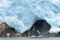 A close up view of the terminus of a Resurrection Bay Glacier von Danita Delimont
