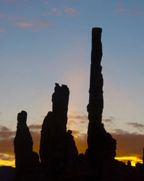 Sunrise, Yei Bi Chei and Totem Pole, Monument Valley, Monume... by Danita Delimont