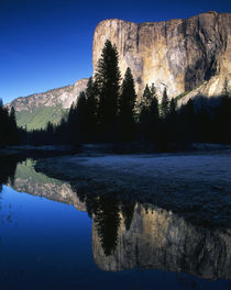 USA, California, Yosemite National Park, El Capitan reflecte... von Danita Delimont