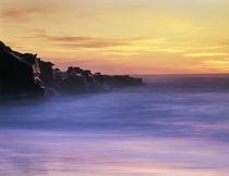 USA, California, La Jolla, Sunset over a beach and waves and... von Danita Delimont