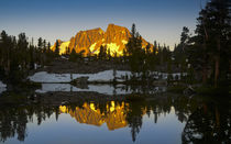 Ansel Adams Wilderness, CA, USA, Mount Ritter Reflected in t... von Danita Delimont