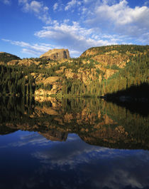USA, Colorado, Hallett Peak reflected on Bear Lake, Rocky Mo... von Danita Delimont
