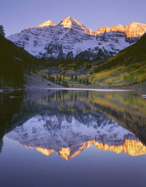 USA, Colorado, White River National Forest, Maroon Bells Sno... von Danita Delimont
