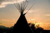 Tipi Silhouettes at Sunset von Danita Delimont