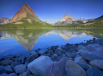 USA, Montana, Glacier National Park, Swiftcurrent Lake, Many... von Danita Delimont