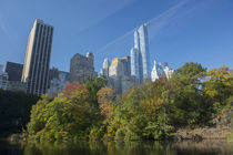 View of high-rise buildings along Central Park South from in... von Danita Delimont
