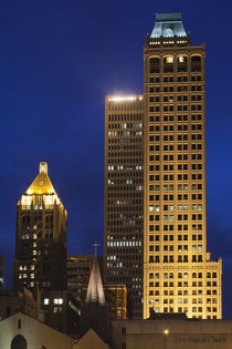 USA, Oklahoma, Tulsa, old and new high-rise buildings, Art-D... von Danita Delimont