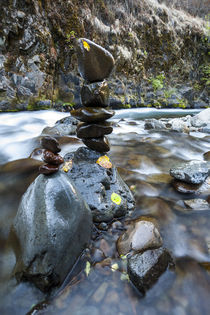 Stacked rock formations in the South fork of the Walla Walla... von Danita Delimont