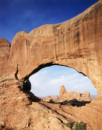 USA, Utah, Arches National Park, Double Arch frames Tunnel arch von Danita Delimont