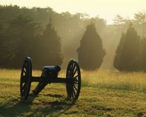 USA, Virginia, Manassas National Battlefield Park, Cannon an... von Danita Delimont