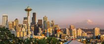 Setting sunlight on the Seattle skyline, Washington USA von Danita Delimont