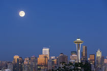 Washington State, Seattle, skyline view from Kerry Park, wit... by Danita Delimont
