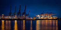 Nachts am Containerhafen in Hamburg von Ruth Klapproth