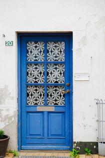 Blaue Tür by Thomas Matzl