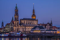 Dresden zur Blauen Stunde by Christoph  Ebeling