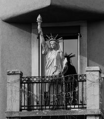 Liberty Enlightening the World, almost by domi