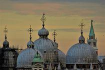 Kuppeln des Markusdoms in Venedig von wandernd-photography