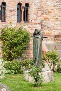 Statue der Hl. Hildegard 92 von Erhard Hess