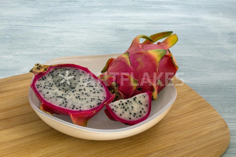 drachenfrucht fotografie als poster und kunstdruck von christoph ebeling bestellen. Black Bedroom Furniture Sets. Home Design Ideas