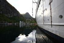 Schiff im Geirangerfjord von Jens Uhlenbusch