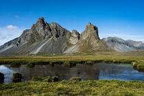 isländische Landschaft by michael-shumway