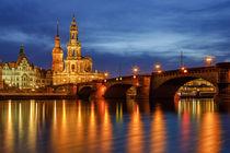 Augustusbrücke und Hofkirche Dresden  by moqui