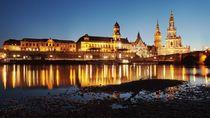 Dresden zur Blauen Stunde (Dresden at the Blue hour) von Thomas Lotze