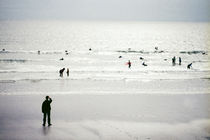 Lahinch - Some Time On The Beach #13 von Theo Broere