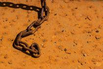 Rusty chain by Nadine Gutmann