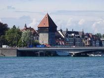 Rheintorturm an der Rheinbrücke von kattobello