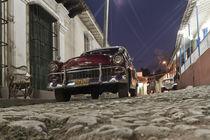 Trinidad, Kuba Strassenszene, Oldtimer, von travelstock44