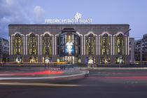 Friedrichstadt Palast, Revue Theater, Berlin  von travelstock44