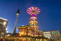 Weihnachtsmarkt Alexanderplatz Berlin  von travelstock44