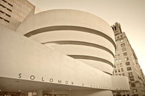 Solomon R Guggenheim Musuem, Manhattan, New York by travelstock44
