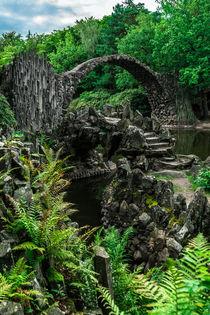 Rakotzbrücke mit Grotte im Sommer I von elbvue by elbvue