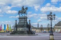 Reiterdenkmal König Johann von Sachsen auf dem Theaterplatz in Dresden  von Christoph  Ebeling